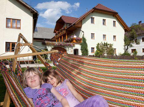 Urlaub in Neustift - Familie Rauscher - Ausruhen in der Hängematte