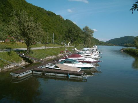 Urlaub in Neustift - Gasthof Pension Luger - Motorboot Hafen