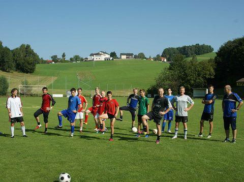 Urlaub in Neustift - Jugendherberge Dikany - Fußballcamp